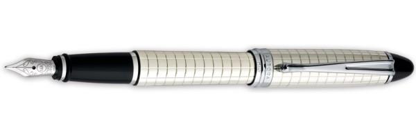 Aurora - Ipsilon Quadra - Fountain Pen Silver